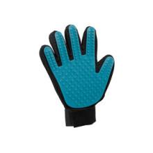 Trixie Расчеcка-перчатка для вычесывания шерсти, резиновая