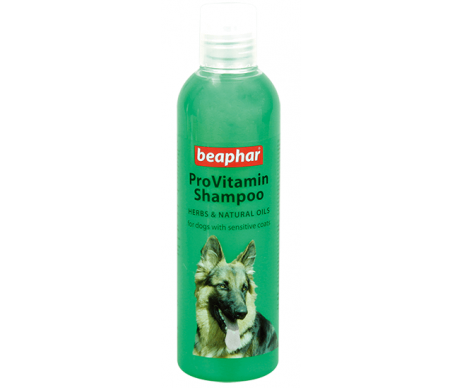 Beaphar Provitamin Shampoo Green/Herbal Провитаминный шампунь для собак с чувствительной кожей