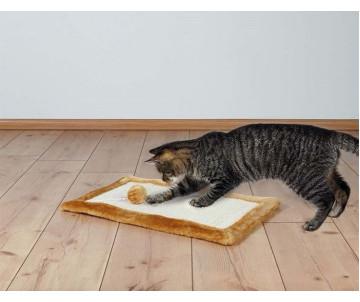 Trixie Когтеточка-коврик с игрушкой для кошек